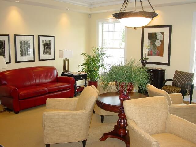 Dr. Bakeman's Seating area